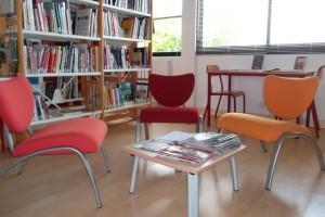 salon de lecture médiathèque