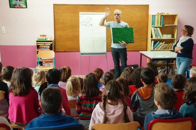 Luc Turlan à l'école (2).JPG