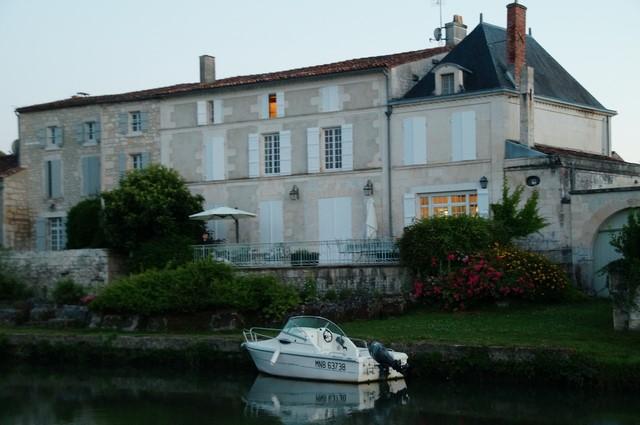 croisière sur la Charente (20).JPG