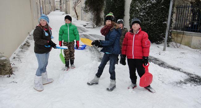 Enfants dans la neige.jpg