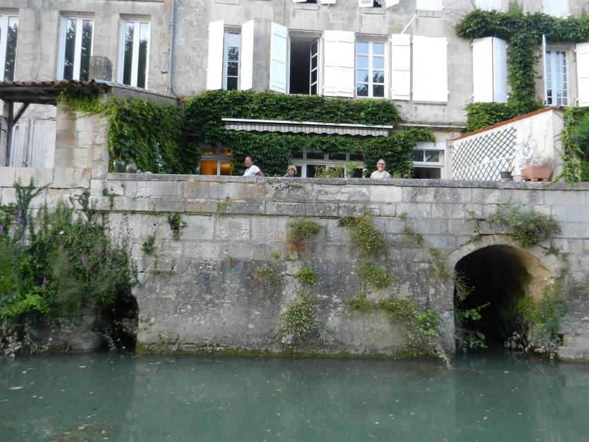 on domine la Charente.jpg