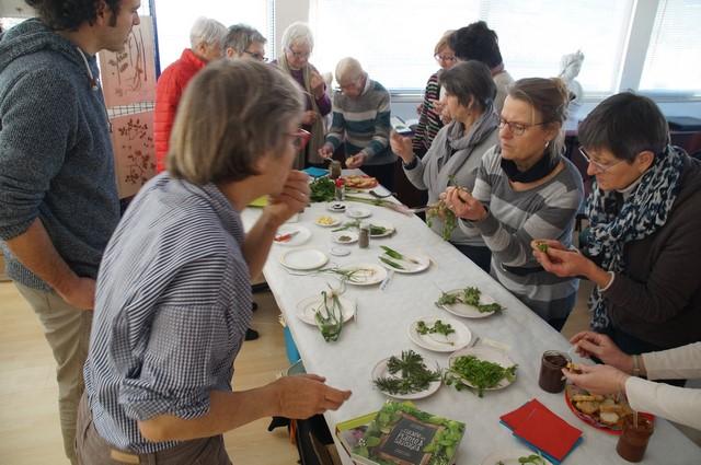 10 février 2018 conférence la cuisine des plantes sauvages (17).JPG
