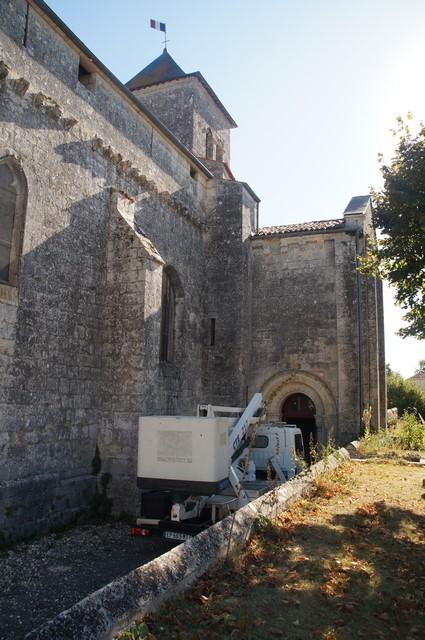 rénovation de la toiture de l'église par le SAS (6).JPG