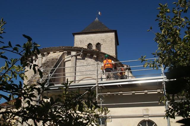 rénovation de la toiture de l'église par le SAS (7).JPG