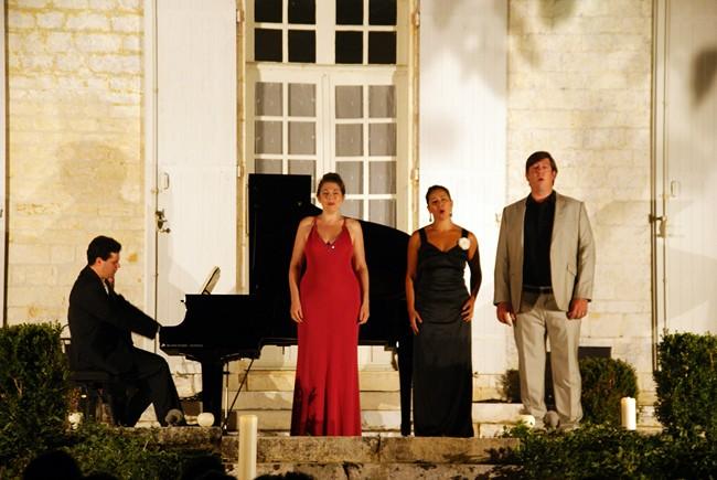 Anne Caroline Kfoury, Agnès de Butler, Julien Véronèse