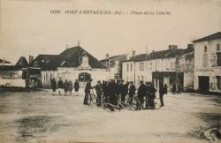 Place des Halles autrefois.jpg