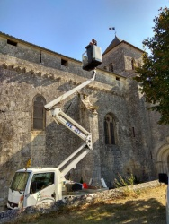 rénovation de la toiture de l'église par le SAS (14).jpg