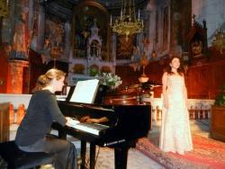 la pianiste Anna Crexells et Fabienne Oreb